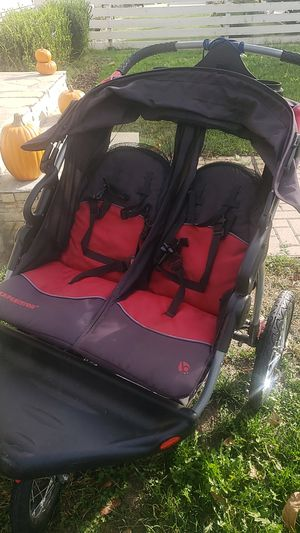 Double Jogger Stroller for Sale in Long Beach, CA