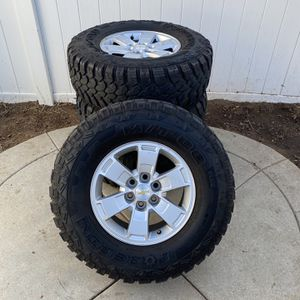 Chevy Colorado Six Lug Rims And Tires for Sale in Fresno, CA