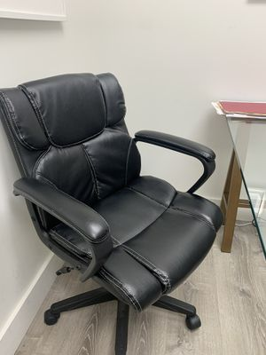 Office chair for Sale in Cumming, GA