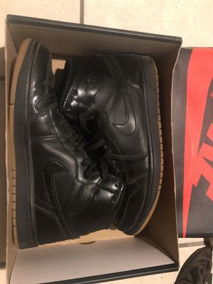 Air Jordan 1 Black Gum sz 10.5 for Sale in Orlando, FL