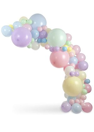BALLOON ARCH KIT for Sale in San Antonio, TX
