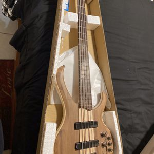 Ibanez Bass Guitar for Sale in Lehigh Acres, FL