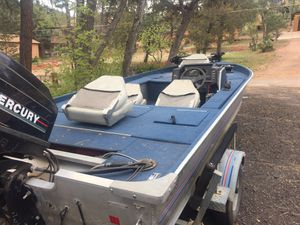 Bass Boat for Sale in Pine, AZ