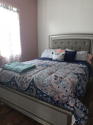 New bed with dresser for Sale in West Haven, CT