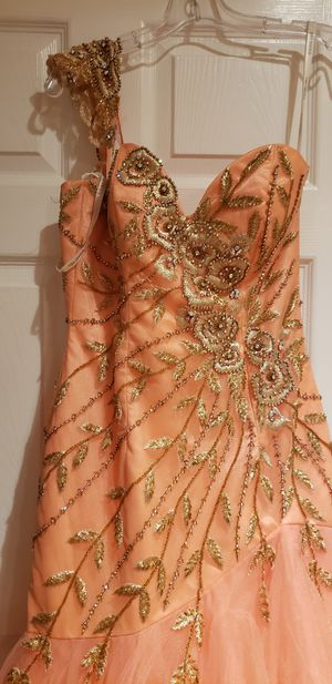 Prom dress sherri hills for Sale in Daniels, MD