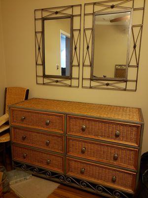 Bedroom furniture set for Sale in Valrico, FL