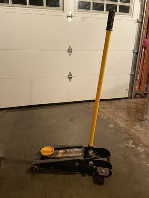 Craftsman 3.5 Ton Floor Jack for Sale in Sioux City, IA