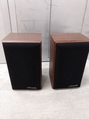 Pair of polk audio bookshelf speakers for Sale in College Park, GA