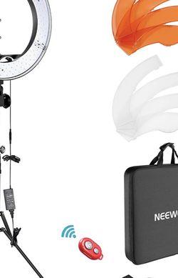 Neewer 18inch Ring light Set for Sale in Burlington,  NJ