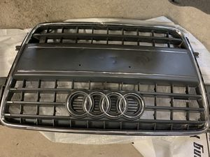 10 Audi A5 grille for Sale in Chicago, IL