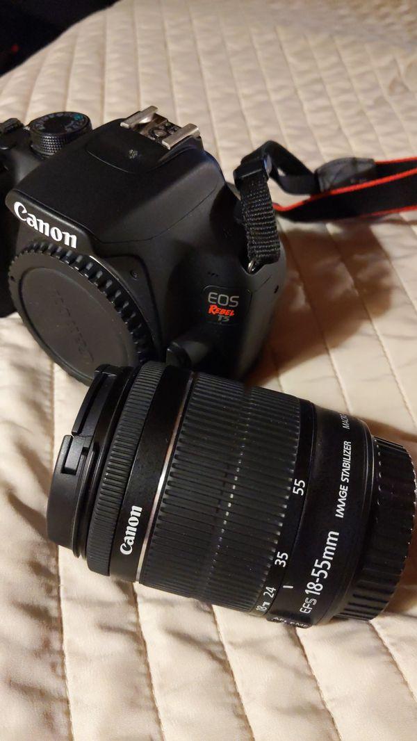 Canon t5 DSLR digital camera