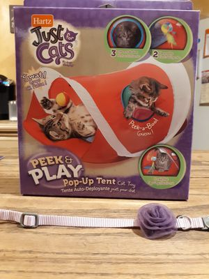 Hartz Just for Cats pop up tent and collar with flower for Sale in Tampa, FL