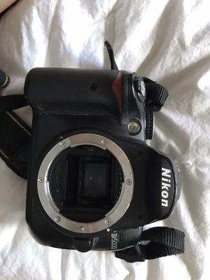Nikon D5000 no lens for Sale in Des Plaines, IL