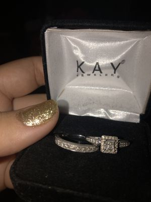 Wedding rings for the bride for Sale in Goodyear, AZ