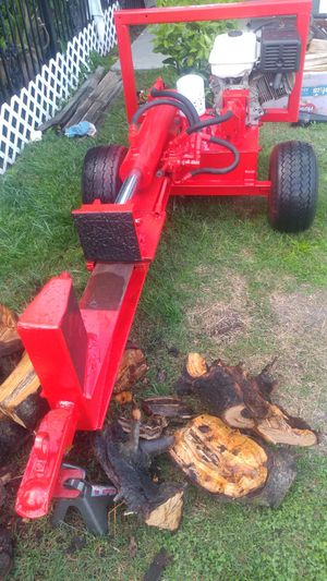BIG FOOT wood splitter. for Sale in Riverbank, CA