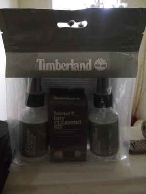 Brand new, still sealed in bag Timberland dry cleaning kit and protector for boots for Sale in Shoreline, WA