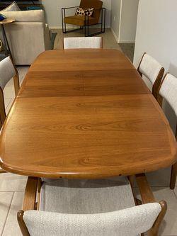 D-Scan Danish Teak Dinning Table for Sale in Newport Beach,  CA