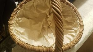 Cloth Lined Wicker Basket. U.S. Made. for Sale in New Freedom, PA