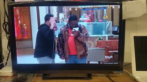 """Vizio 24"""" with warranty for Sale in NC, US"""
