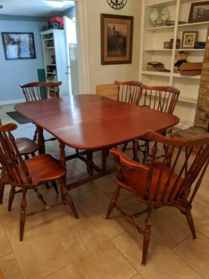Antique dining room table for Sale in Midland, TX