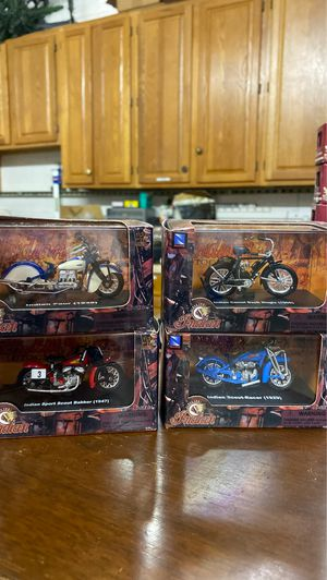 "4 Indian motorcycles 1/32 die cast,toy size collection in original packaging, 4.5"" length box,metal parts New Ray Comp. American heritage Christmas s for Sale in West Palm Beach, FL"