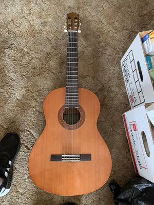 Yamaha C-40 Acoustic Guitar for Sale in San Diego, CA