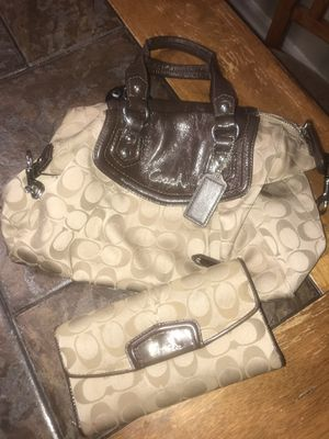 Coach purse and wallet for Sale in Austin, TX
