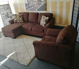 Nice brown Ashley Furniture sectional sofa & armchair set • Excellent condition • 🚚 FREE DELIVERY for Sale in Las Vegas, NV