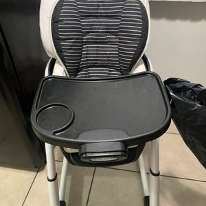 High Chair for Sale in La Mirada, CA