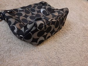 Large coach shoulder bag for Sale in Silver Spring, MD