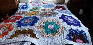Handmade Ouilt,Flower Garden Pattern for Sale in Port Orchard, WA
