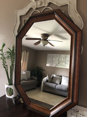 Wall mirror for Sale in Phoenix, AZ