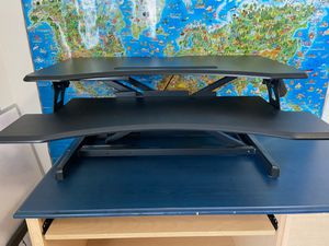 Height adjustable standing desk for Sale in Issaquah, WA