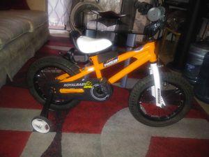 Kids bike with training wheels for Sale in Phoenix, AZ