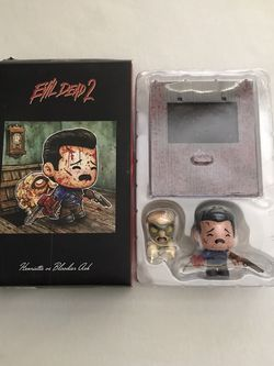 Loot Crate Exclusive Evil Dead 2 Herrietta Vs Ash Super Emo Friends Figures Open Box New for Sale in Reedley,  CA