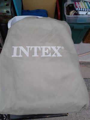 Intex full size air mattress for Sale in Abilene, TX