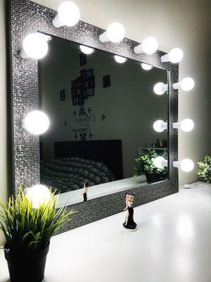 New makeup vanity mirror for Sale in Evanston, IL