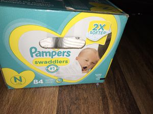 Pampers swaddles for Sale in Dallas, TX