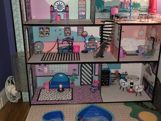LOL Doll House With Dolls And Accessories for Sale in Brockton,  MA