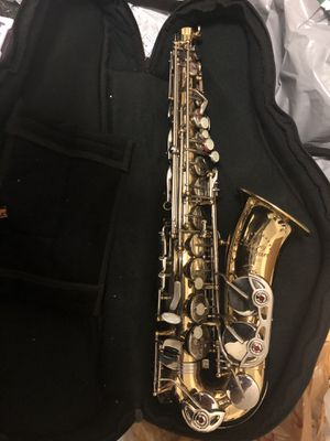 Saxophone delmer for Sale in Queens, NY