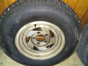Set of 4 truck tires 90+ tread p235 75r15 for Sale in Evansville, IN