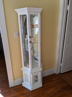 Antique white and green curio cabinet for Sale in Whittier, CA