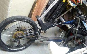 GIANT. Stiletto chopper bike for Sale in Katy, TX