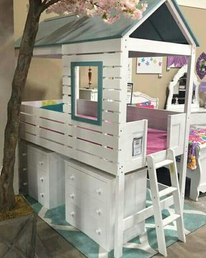 Twin size Loft Bunk bed frame for Sale in Las Vegas, NV