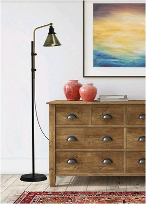 Adjustable Floor Lamp for Sale in Pico Rivera, CA