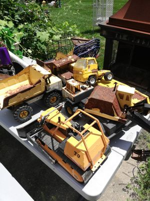 VINTAGE 1985 MIGHTY TONKA 5 pieces for Sale in West Bloomfield Township, MI