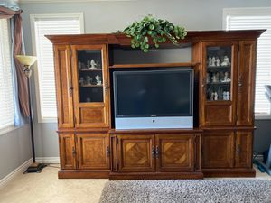 Thomasville Entertainment Unit for Sale in Anaheim, CA