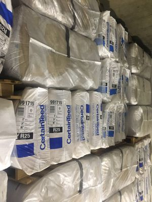 R-25 FLOOR/CEILING INSULATION 1/2 THE PRICE OF DEPPOT for Sale in Bellevue, WA