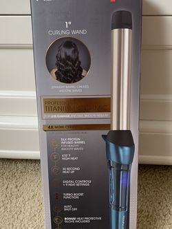 Curling Iron for Sale in Germantown,  MD