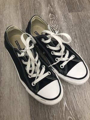 Converse All Star Size 5 for Sale in Houston, TX